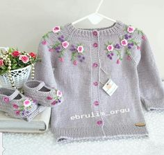 (notitle) We are with you with the sought-after baby knitting models. The baby knitting models we ha Baby Boy Knitting Patterns, Baby Cardigan Knitting Pattern, Knitted Baby Cardigan, Knitting For Kids, Crochet For Kids, Crochet Baby, Knit Crochet, Dress Patterns, Knit Patterns
