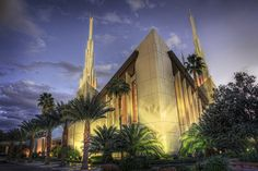 Beautiful Las Vegas temple. Our friend Tyler photographed this!