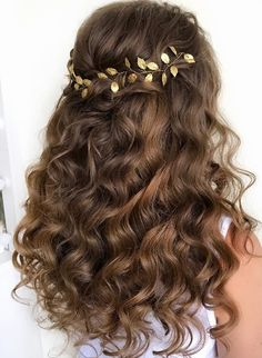 Hairstyle Inspiration - Hair by Zolotaya Featured Hairstyle: Hair by Zolotaya; /hair_by_zolotaya;Featured Hairstyle: Hair by Zolotaya; /hair_by_zolotaya; Blond Hairstyles, Bride Hairstyles, Quinceanera Hairstyles, Homecoming Hairstyles, Medium Hair Styles, Curly Hair Styles, Wedding Hair Inspiration, Fashion Inspiration, Best Wedding Hairstyles