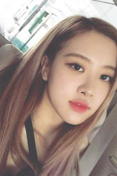 Black Pink Yes Please – BlackPink, the greatest Kpop girl group ever! Kim Jennie, Kpop Girl Groups, Kpop Girls, Foto Rose, Rose Bonbon, Rose Icon, Blackpink Photos, Rose Photos, Rose Park
