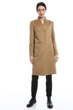 Classici ma non troppo  i migliori abbinamenti per il cappotto cammello 9771a2dd4e1c