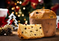 Peruvian Christmas Foods: What Do Peruvians Eat for Christmas? - The Best Latin & Spanish Food Articles & Recipes - Amigofoods Christmas Pudding, Christmas Ham, Peruvian Cuisine, Peruvian Recipes, Latin American Food, Latin Food, Traditional Christmas Desserts, Foto Pastel, Importance Of Food