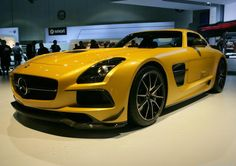 Mercedes-Benz AMG: SLS Black beauty and the GL63 beast (pictures) - CNET Reviews