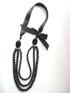 547 Collar largo, $147 en http://ofeliafeliz.com.ar