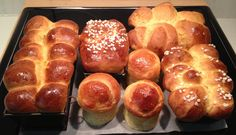 Have you tried bread machine brioche yet? You should try these two brioche loaf bread machine recipes: a simple brioche dough and an authentic French brioche loaf. Cakes To Make, How To Make Cake, Cake Preparation, Baking Classes, Pastry And Bakery, Pastry Cake, No Sugar Foods, French Pastries, Jam Recipes