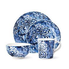 Ralph Lauren Cote d Azur Floral Dinnerware Set - Blue Ralph Lauren, Motif Floral, Floral Design, Floral Prints, Tabletop, Vase Deco, Blue Dinner Plates, White Plates, Blue Plates
