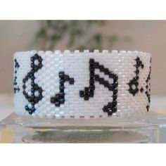 Musical Notes Tea Light Cover by Diane Masters AKA Phoenix Wolf Creations Beading Patterns Free, Seed Bead Patterns, Peyote Patterns, Jewelry Patterns, Bracelet Patterns, Art Patterns, Knitting Patterns, Bead Jewellery, Beaded Jewelry