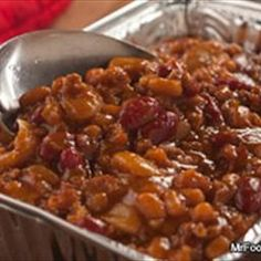 Hillbilly Baked Beans recipe: Nothing is more down-home than the wonderful flavors of backwoods country cooking. these Hillbilly Baked Beans are made in a slow cooker and can even be reheated on a grill for a smoky taste that can't be beat. Potluck Recipes, Side Dish Recipes, Vegetable Side Dishes, Vegetable Recipes, Veggie Food, Slow Cooker Recipes, Cooking Recipes, Cooking Fish, Cooking Salmon