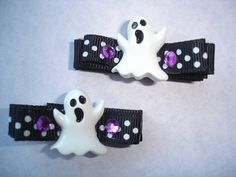 Halloween Hair Clips ... minus the ghost, they are cute for everyday