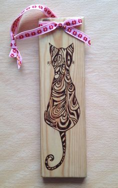 Cat door hanger, pine and pyrography art, great gift, wall decor by PineNeedlesandPins on Etsy