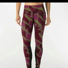 Nike Epic Lux/Tight Fit Nike multicolored Tights with breathable vents for maximum performance Nike Accessories