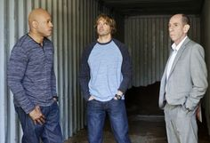 NCIS: Los Angeles : The seventh season premieres with Callen embarking on a secret project, leaving Sam and the entire team in the dark. After Hetty demands his operation be shut down, the team is tasked with locating Callen before he finds himself in over his head.