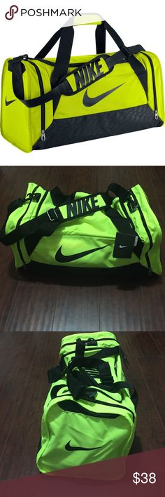NIKE lime green gym/ duffle bag New with tags. Size medium. Nike Bags Travel Bags