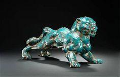 Jean René Gauguin: Stoneware figure modelled in the shape of a panther. L. 63 cm. - [...], Design Nordique : Argenterie et Céramiques à Bruun Rasmussen Auctioneers    est 4000 / 5000 €