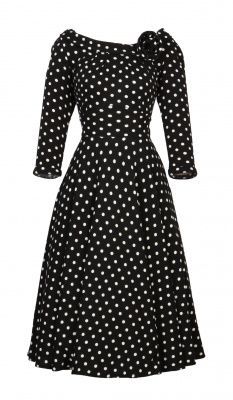 LOVE this classic dress, just wish the sleeves were a bit longer or shorter.