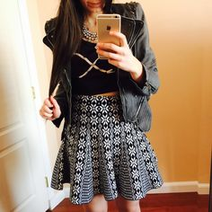 Curvy Outfit Ideas | Petite Outfit Ideas | Plus Size Fashion | Summer Fashion | OOTD | Professional Casual Chic Fashion and Style Inspiration | How to Style a Black Crop Top and a sweater skirt