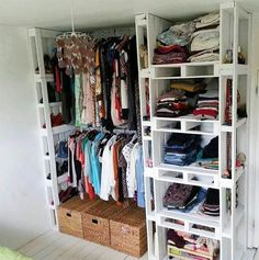 *My new home* Palets reconvertidos // Reconverted pallets | http://www.decoraddiction.com/new-home-palets-reconvertidos-reconverted-pallets/