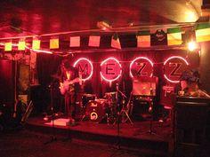 The Mezz, noite em Dublin