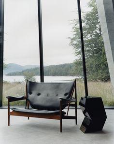 Finn Juhl Chieftain Sofa, Mahogany And Black Leather   Danish ... Danish Design Wohnzimmer