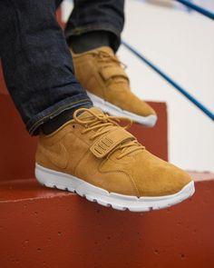buy online beedd 5d5c1 Nike SB Trainerendor Premium Tan (via.