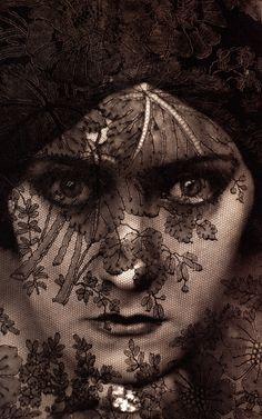 Gloria Swanson, New York, 1924