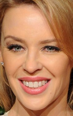 Close-up of Kylie Minogue at the 2014 British Fashion Awards. http://beautyeditor.ca/2014/12/03/british-fashion-awards-2014
