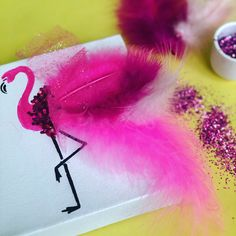 Easy DIY Flamingo Art #darbysmart #howto #diyproject #flamingos #walldecor #artsandcrafts #michaels #michaelsstores