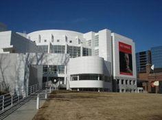 Looking for an Art Museum to visit?  Check out High Museum of Art in Atlanta, GA #art #georgia #atlanta