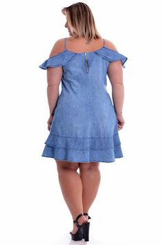 Moda Evangelica Plus Size Festa Ideas Dress Clothes For Women, African Dresses For Women, African Fashion Dresses, Plus Size Womens Clothing, Plus Size Fashion, Plus Size Ivory Dresses, Cute Fashion, Womens Fashion, Vestidos Plus Size