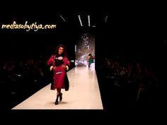 Vika Smolyanitskaya на Mercedes Benz Fashion Week Russia осень   зима  2...