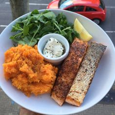 """""""Try this salmon cooked in @lucybeecoconut oil with sweet potato & butternut squash mash and @fage_uk greek yogurt dip #Leanin15"""""""