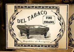 Diese wurden von mir in Photoshop konzipiert, entsprechend eine alten Vintage Zigarre Label Werbung. Die Karte ist etwa so groß wie eine Postkarte