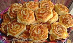 Mäkučké syrové slimáky - My site My Recipes, Dessert Recipes, Cooking Recipes, Savory Pastry, Hungarian Recipes, Appetisers, Culinary Arts, Party Snacks, Winter Food