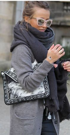 Grey coat with pastel pink sunglasses, oversize scarf and fur patterned clutch #winterstyle