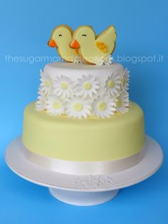 Easter cake  http://www.therecipestore.com/tag/easter-recipes #eastereggs