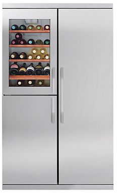 Awesome second refrigerator for laundry room or garage.
