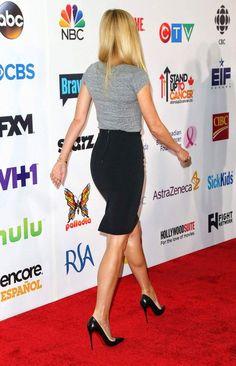 Gwyneth Paltrow in high heel shoes