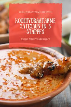 Wil jij ook je eigen koolhydraatarme satésaus maken? Dan heb je geluk! Dit recept is heerlijk, vele malen gezonder dan de kant en klare satésaus uit de winkel en heel gemakkelijk klaar te maken. Ben je ook benieuwd naar het recept? Bekijk dan snel wat je voor deze heerlijke saus allemaal nodig hebt. #recepten #koolhydraatarm #saté #sauzen #gezond #lowcarb #afvallen Low Carb Sauces, Low Carb Recipes, Keto Snacks, Healthy Snacks, Authentic Chinese Recipes, Healthy Recepies, Good Food, Yummy Food, Happy Foods