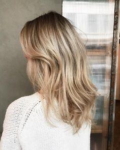 Annijor haircolour #beigeblonde #babylights