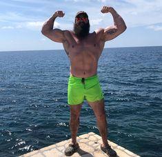 Best Instagram Photos, Cool Instagram, Aquaman, Braun Strowman, Best Selfies, Wwe Wrestlers, Professional Wrestling, Photos Of The Week, Monster