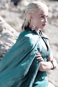 Thanks to Gay of Thrones, I always know what's going on, and what's going on right here is that the mother of dragons serving us full on Valyrian realness and she's also really pretty.