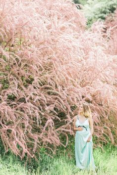 Blossom Beauty. Tender Maternity session | Maternity photography, pregnancy, beauty, portrait, mother, photography, beautiful pregnancy, tender, maternity photos, gritsakmariya, outdoor nature lilac session