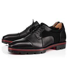 Christian Louboutin United States Official Online Boutique - MIKA SKY BLACK CALF available online. Discover more Men Shoes by Christian Louboutin Burberry Men, Gucci Men, Gents Shoes, Shoes Men, Spanish Shoes, Louboutin Online, Gentleman Shoes, Mens Designer Shoes, Shoes World