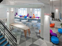 As recently as in October the Luxembourg-based Skype's Stockholm office in Slussen housed only 35 employees. The video- and audio-focused team's digs were bursting at the seams and new offices were needed. Skype found its next Stockholm home Office Space Design, Office Interior Design, Office Interiors, Office Spaces, Work Spaces, Pvc Vinyl Flooring, Vinyl Tiles, Plank Flooring, Laminate Flooring