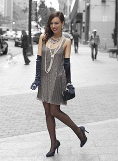 This is am example of a flapper girl from the 1920's. This is what you would wear to a Gatsby party.