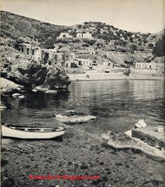 Old Photographs, Old Photos, Vintage Photos, Old Maps, Claude, The Past, River, Paris, Outdoor