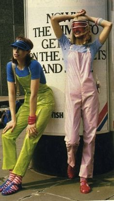 It's hard to compete with this fetching jelly-overall ensemble. The Many Joys Of Jelly Shoes Plastic Sandals, Plastic Shoes, Jelly Shoes, Jelly Sandals, Dungarees, Overalls, Hipster Chic, Jelly Babies, Crystal Shoes