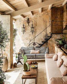 Looks like a house I'd like to have in Lebanon Sieht aus wie ein Haus, . Looks like a house I'd li Exterior Design, Interior And Exterior, Patio Design, Garden Design, Outdoor Rooms, Outdoor Living, Backyard Patio, Patio Stone, Flagstone Patio