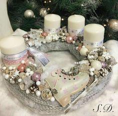 Christmas Advent Wreath, Christmas Tabletop, Christmas Candles, Christmas Centerpieces, Christmas 2014, Winter Christmas, Christmas Crafts, Christmas Decorations, Xmas