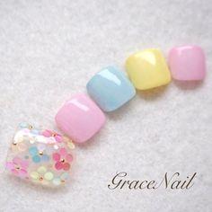 春/夏/オールシーズン/デート/フット - GraceNailのネイルデザイン[No.1536418]|ネイルブック Pretty Toe Nails, Cute Toe Nails, Pretty Nail Art, Toe Nail Art, Nail Art Diy, Diy Nails, Manicure Nail Designs, Toe Nail Designs, Uñas Diy